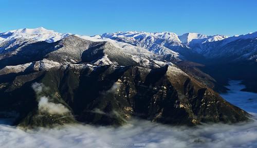 mountain snow montagne neige nuages sommet mounier alpesmaritimes montvial