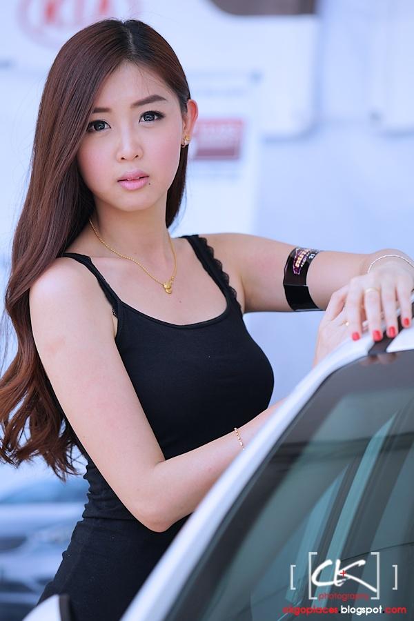 Auto_Show_Girl_07