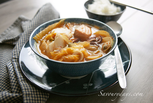 Seafood soup with kimchee