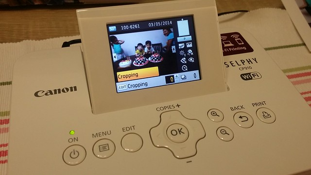 Cropping function available on the Canon Selphy Printer CP910