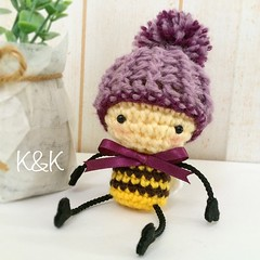 あみぐるみミツバチのバズバズです♡ This is an amigurumi of Buz-buz the Honey Bee.  #あみぐるみ #ミツバチ #かぎ針編み #かわいい #ハンドメイド #amigurumi #honeybee #bee #crochet #kawaii #handmade #Creema #minne #iichi #Etsy #knk #beemine