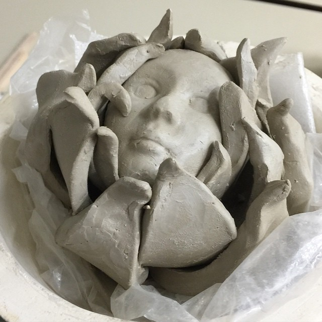 Today at the ceramic course. An artichoke again, but with a little face 😬.   #ceramic #natalie_ratkovski
