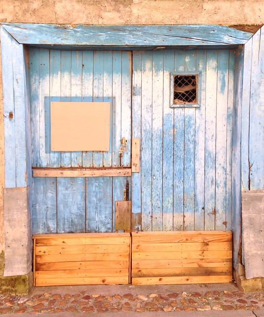 Blue Door in Saint-Papoul