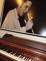 Memphis - Wurlitzer Piano at Sun Studios