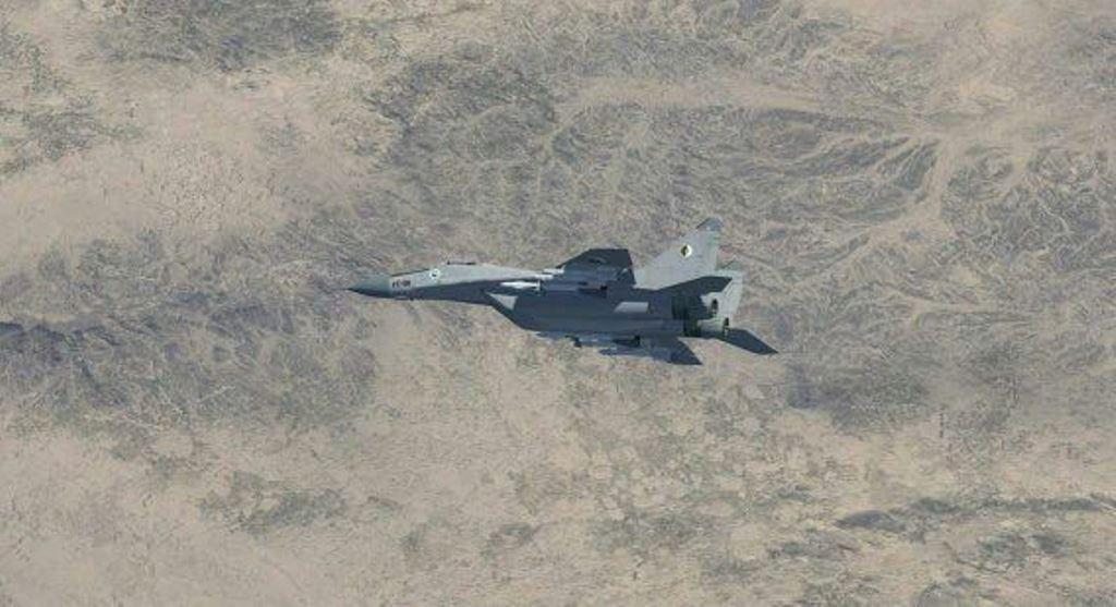 صور طائرات القوات الجوية الجزائرية  [ MIG-29S/UB / Fulcrum ] 27380416911_21a9ee9e61_o