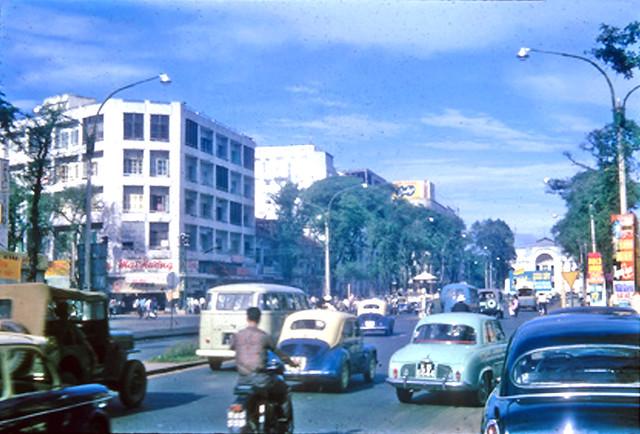 Main street, Saigon 1965
