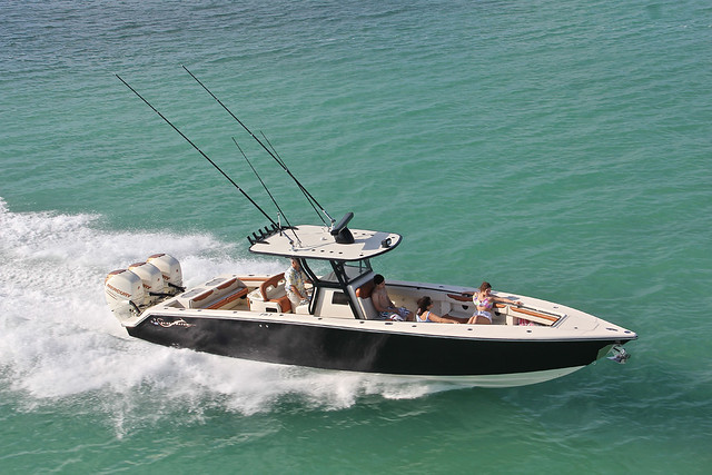 Blackwater boats boats direct usa flickr photo sharing for Direct tv fishing channel