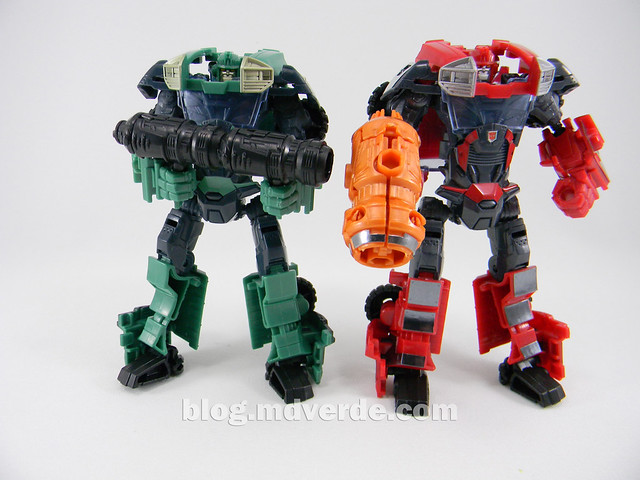 Transformers Sargeant Kup - Prime RID - modo robot vs Ironhide