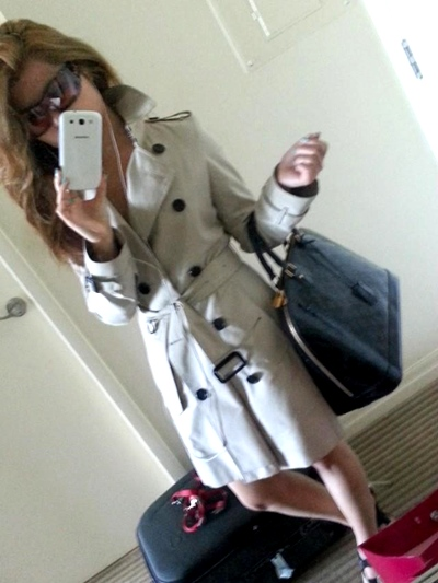 Burberry trenchcoat Louis Vuitton Alma