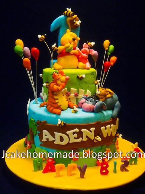 birthday cakes winnie the pooh