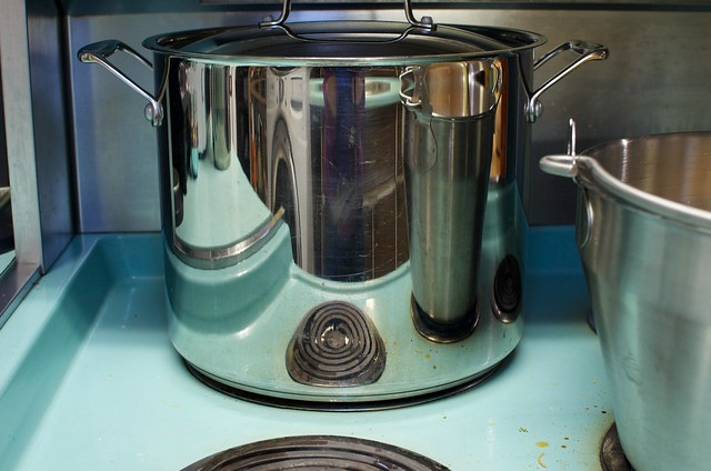 canning pot on stove