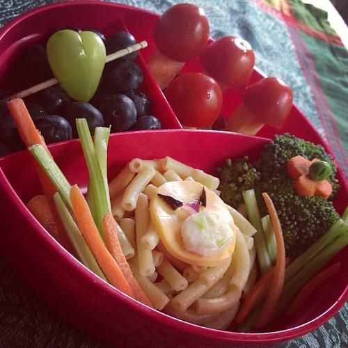 Cheese and tomato mushrooms ❤ #bento #foodie