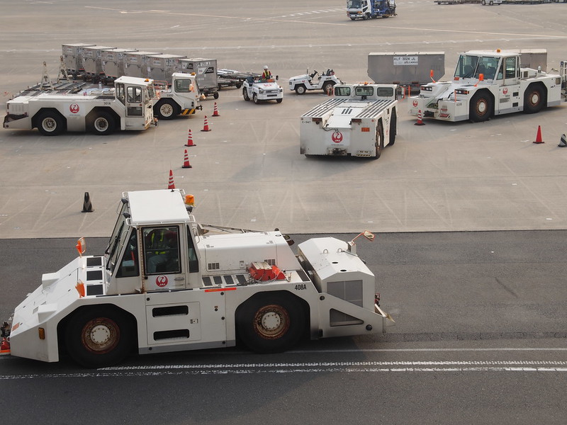 Working Cars in Haneda