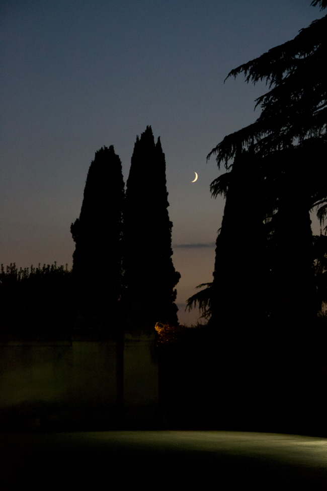 Roman night - Magritte