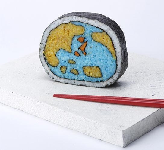 Takayo Chiyota, aka Tama-chan, globe, sushi art