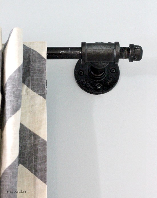 Hi Sugarplum!: {DIY} Another Galvanized Pipe Curtain Rod