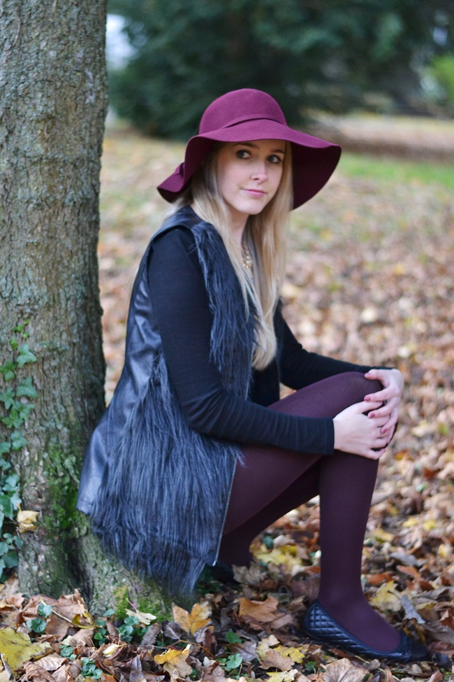 Outfit Mix and Match Der weinrote Hut (6)