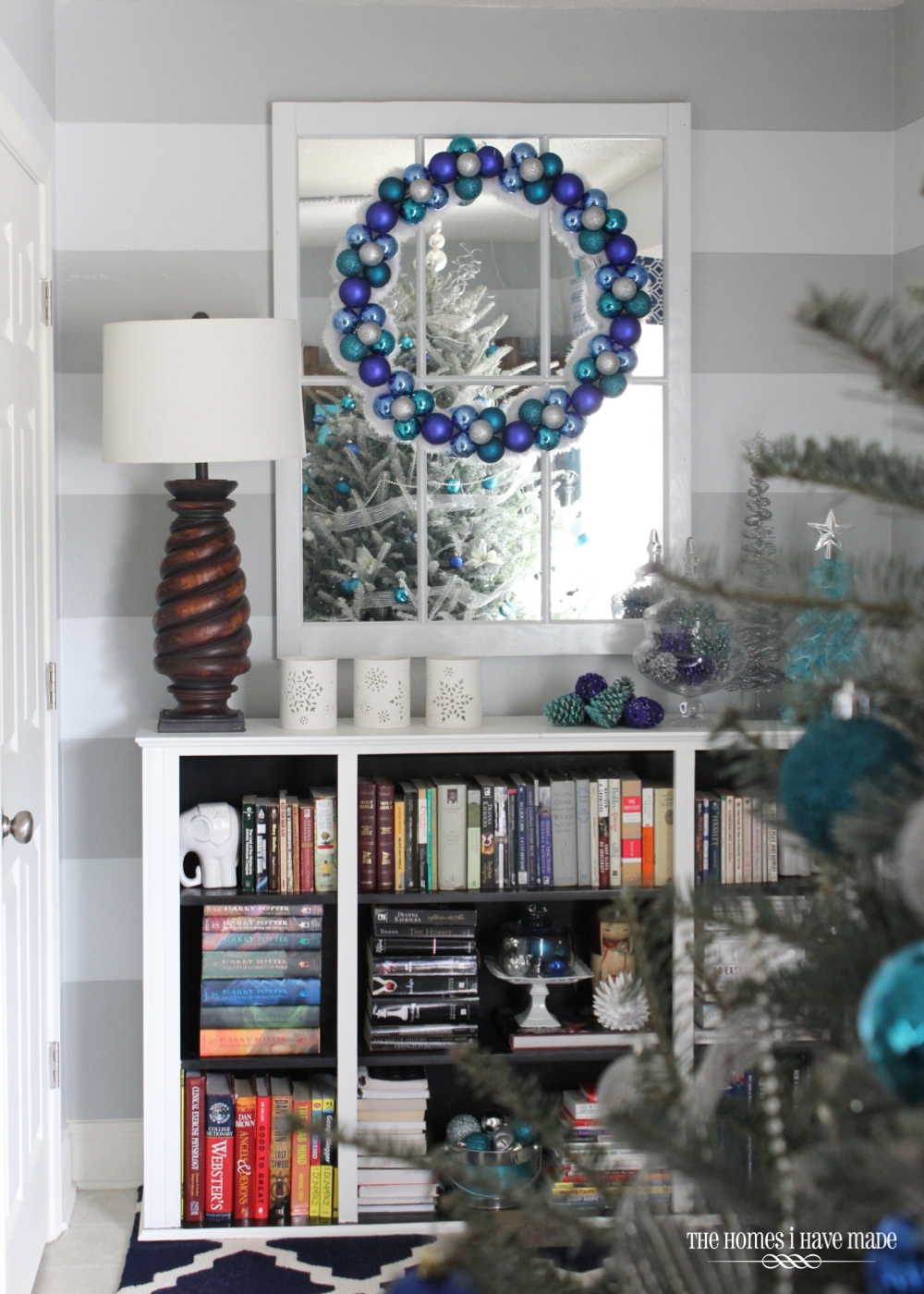 Holiday Living Room 2013-007