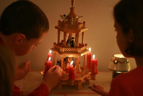 christmas pyramid 3