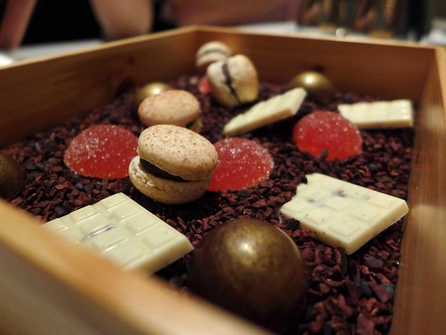 Iggys Singapore chocolate box