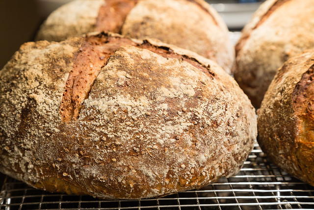 Many-seed Bread