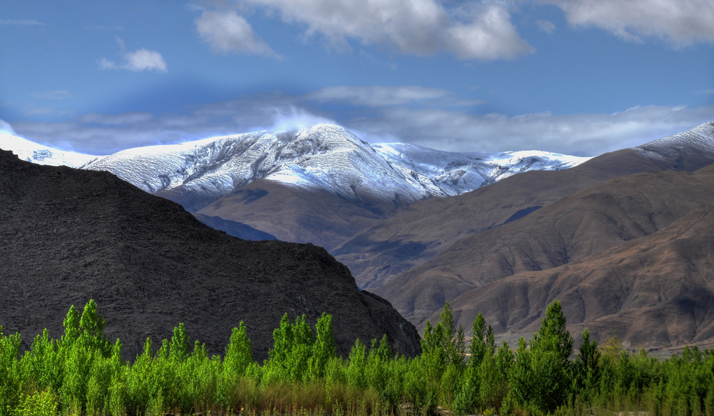 18. En el reino de las montañas. Autor, Kholkute