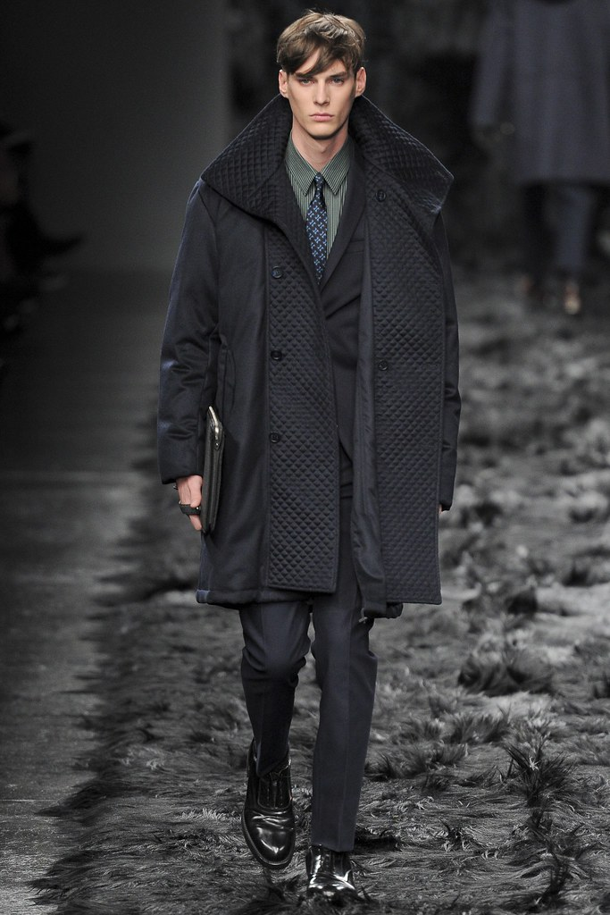 Tim Meiresone3114_FW14 Paris Fendi(VOGUE)