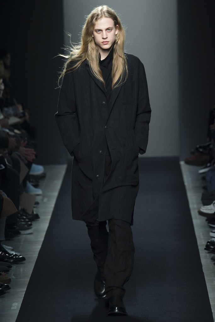 FW15 Milan Bottega Veneta001_Konan Hanbury(VOGUE)