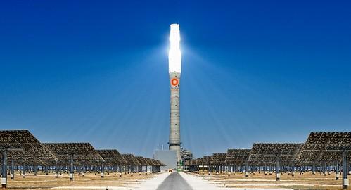 利用中東和非洲地區充足太陽能資源為歐洲供應清潔電力的計劃因政治因素和技術問題而擱淺。圖片來源:Desertec Foundation