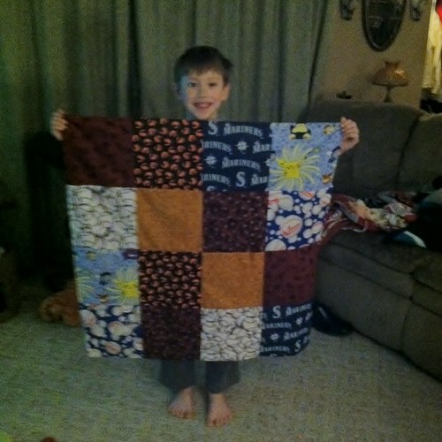 Darrin learns to quilt!