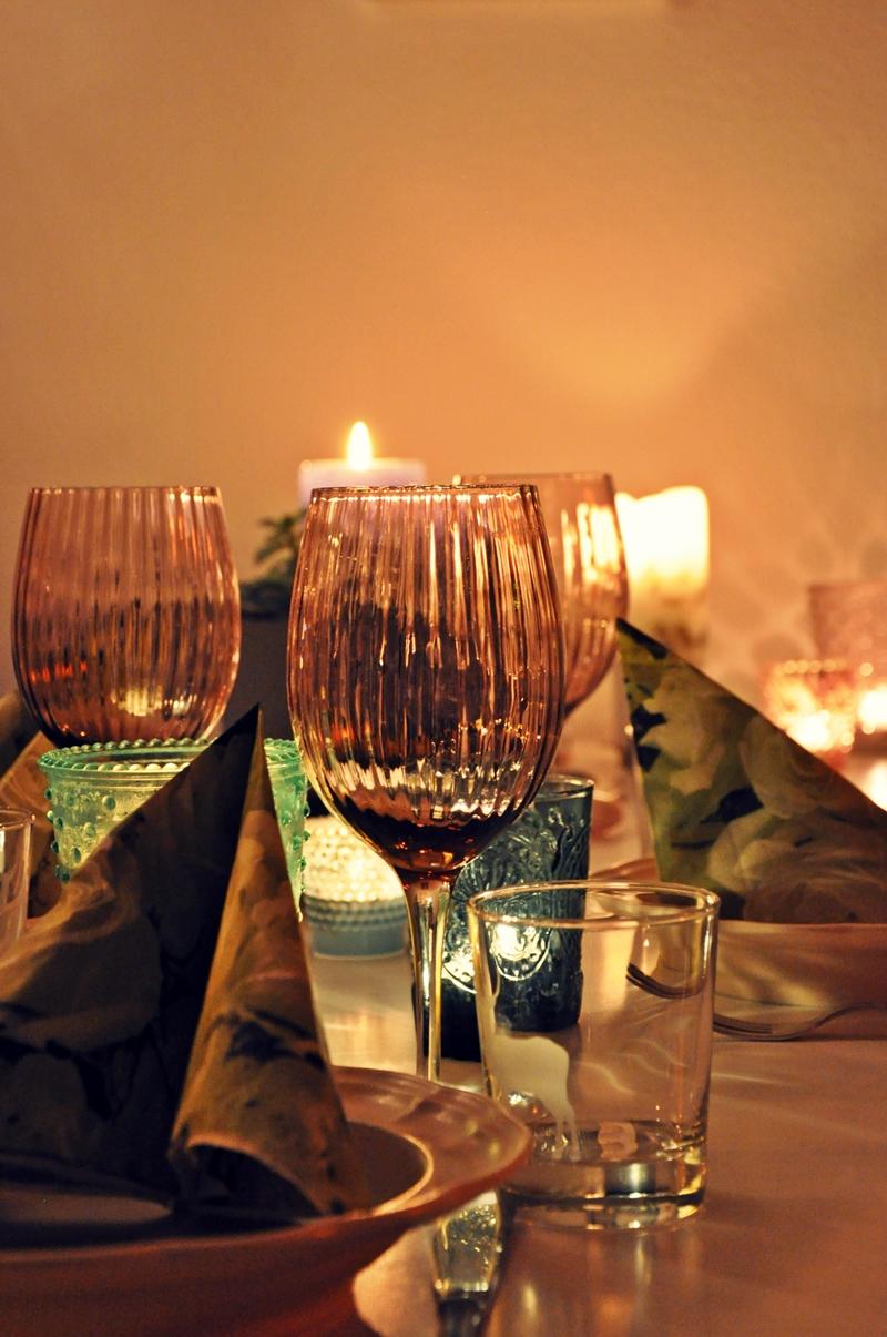 Candellight-Dinner-mit-Freunden