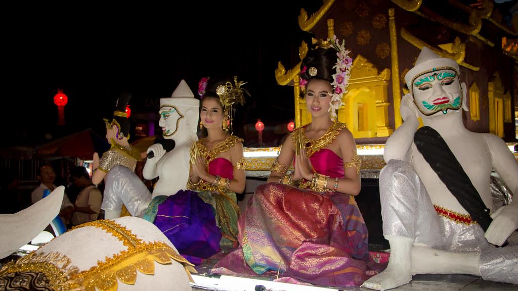 2014-11-07 Thailand Day 17, Loy Krathong, Chiang Mai