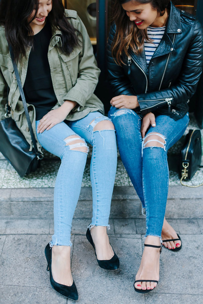 DIY Distressed Denim (with friends) www.apairandasparediy.com
