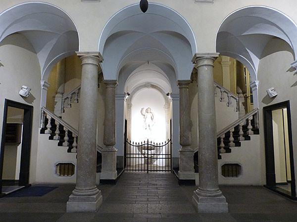 entrée palais dei giustiniani 2