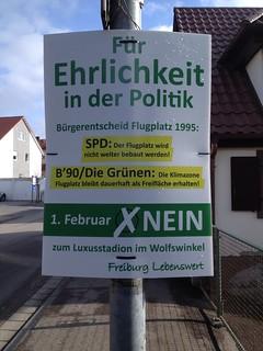 Wahlplakate zum Bürgerentscheid