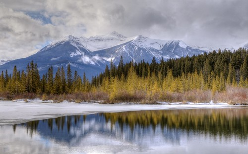park travel vacation copyright mountain lake holiday canada hot reflection nature canon relax landscape photography eos town photo spring warm mt image pics lakes picture lac ab pic tourist resort mount national photograph alberta destination banff sulphur allrightsreserved vermilion mild 6d canadianrockies kanata vermilionlakes touristdestination resorttown holidaydestination cuthill albertatourism canon6d tourismalberta westrockbob canoneos6d bobcuthillphotographygmailcom bobcuthill eoscanon6d