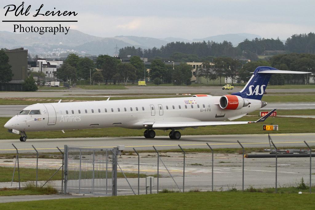EI-FPH - CRJ9 - SAS