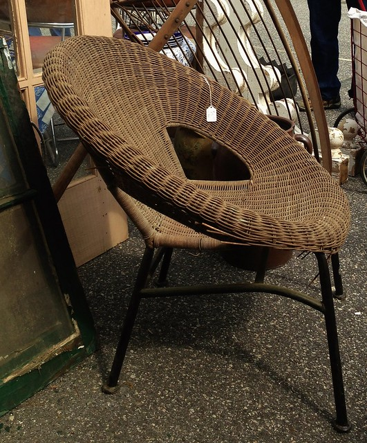 mid century round chair