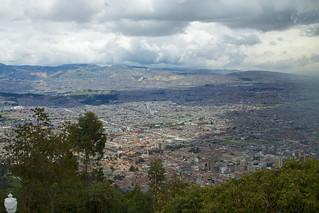 Imagen de Cerro de Monserrate cerca de Bogotá. geotagged colombia cityscape view cerro monserrate bogotá
