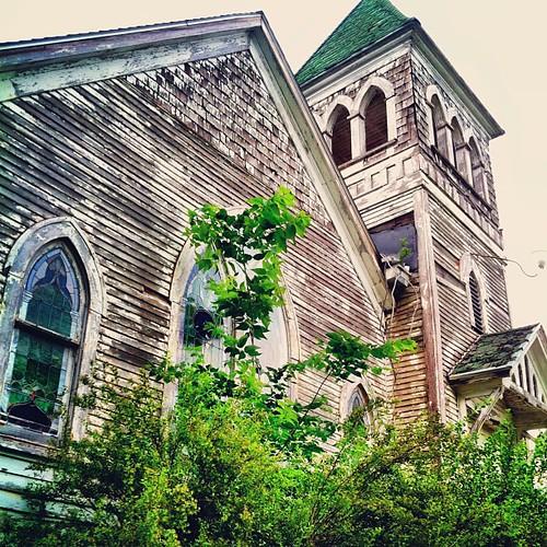 #old #church #urbana #country #illinois #ruin #decay