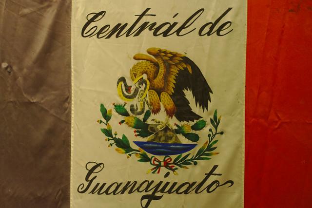 Header of la bandera