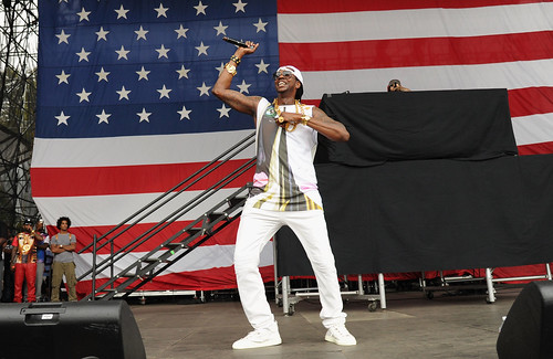 2 Chainz, ASAP Rocky, Emeli Sandé & Public Enemy Perform at the 2013 Made In America Festival
