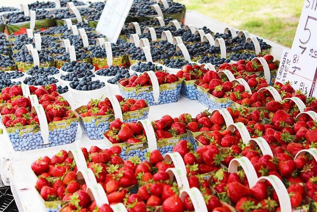 Strawberryblueberry