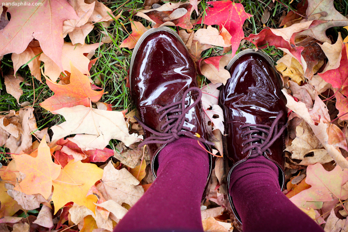 urban outfitters burgundy patent leather oxfords