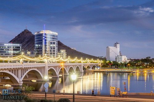 bridge arizona skyline evening butte dusk tempe millavenue nightfall millave millavenuebridge tempebutte haydenmill haydensferry jhaskellus jhaskell jackhaskell jackhaskellphotography