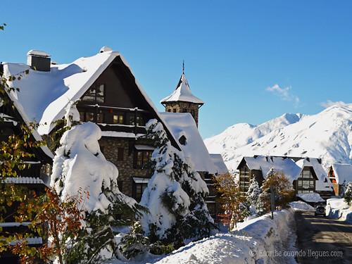 En Baqueira Beret todo se tiñe de blanco a finales de noviembre. Llega la nieve