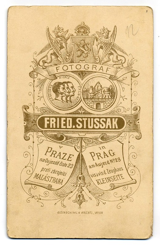 Friedrich Stussak, Praha - dítko v klobouku r fg
