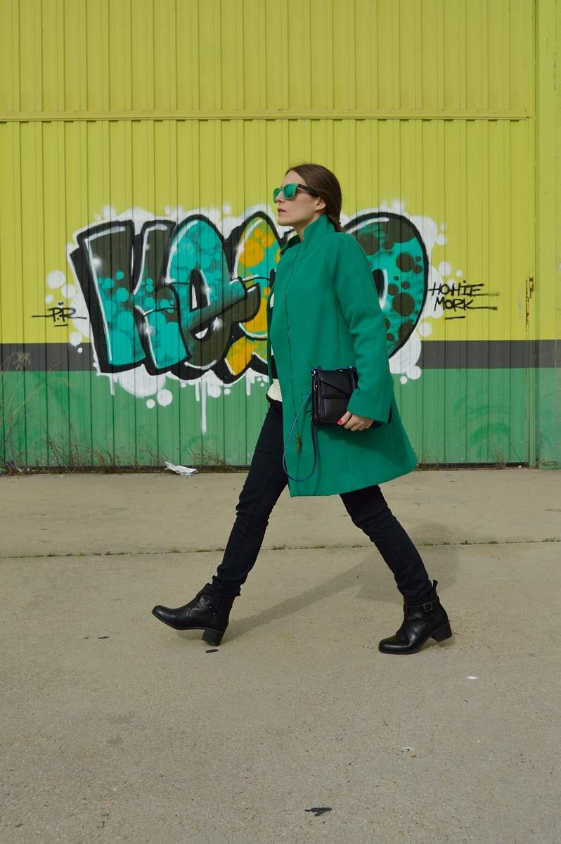 lra-vazquez-madlula-blog-streetstyle-green-shades-coat-eas-chic-fashion-trends