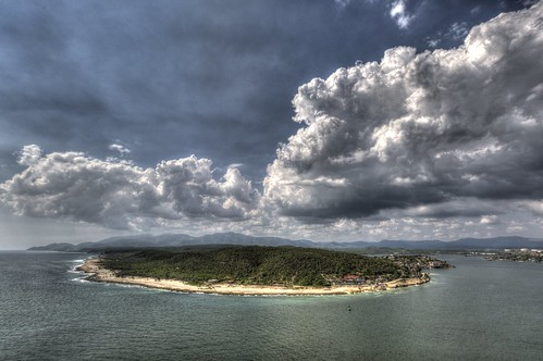 ocean sea sky water clouds canon cuba hdr