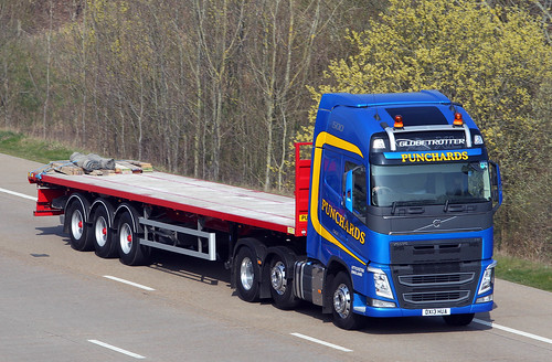 Volvo FH new look DX13 HUA - Punchards
